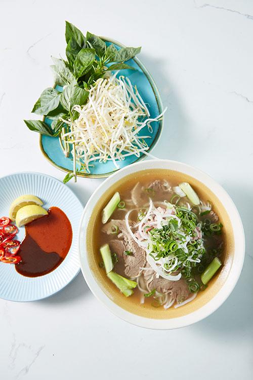 Bau Truong Vietnamese restaurants - pho noodle soup